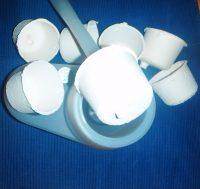 CELULOSA DESECHABLE Este elemento de uso único , evita el contacto de la escobilla con los residuos orgánicos, de esta forma mantenemos el cuerpo de la escobilla y el contenedor de esta limpio y seco